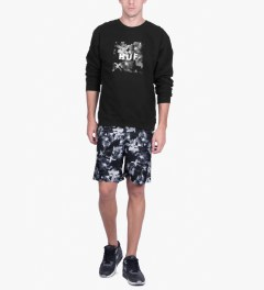HUF Black Box Logo Fill Floral Crewneck Sweater Model Picutre
