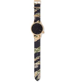 KOMONO Tiger Camo Print Magnus Watch Model Picutre