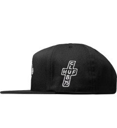 CLUB 75 HUF x Club 75 Black Snapback Cap Model Picutre