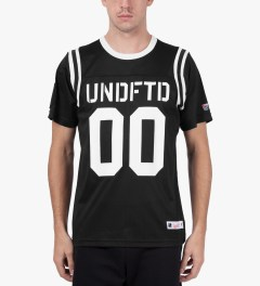 Undefeated Black 00 Mesh Football T-Shirt Model Picutre