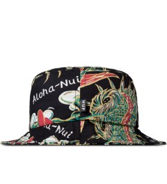 HUF Black Souvenir Bucket Hat Model Picutre