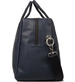 IISE Indigo Weekender Bag Model Picutre