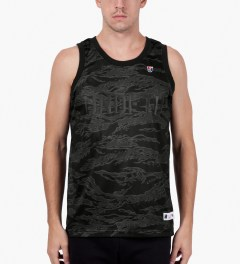 Undefeated Grey 00 Mesh Tank Top Model Picutre