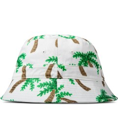 10.Deep White Thompson Fisherman Bucket Hat Model Picutre