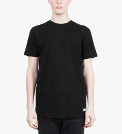 "Stampd Black Stampd ""00"" T-Shirt Model Picutre"
