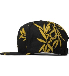 HUF Black Hammered Metal H Bamboo Strapback Cap Model Picutre
