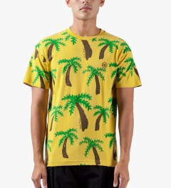 10.Deep Yellow New Standard T-Shirt Model Picutre