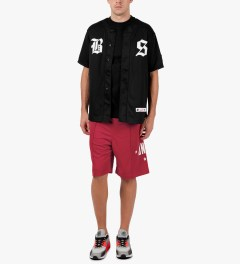 Undefeated Red Global Mesh Shorts Model Picutre