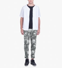 HUF Black Floral Sweatpants Model Picutre