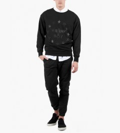 BOY London Black/Black Boy Globe Star Sweater Model Picutre