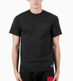ICNY Black Visible Dot T-Shirt Model Picutre
