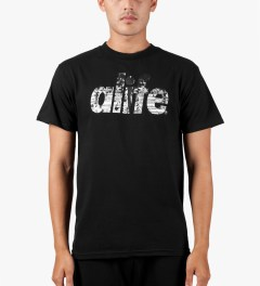 ALIFE Black Naturalize T-Shirt Model Picutre