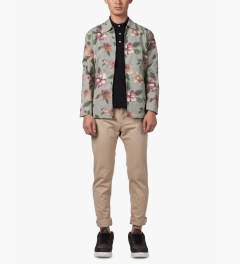 Stussy Khaki Vintage Flower Coach Jacket Model Picutre