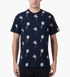 10.Deep Navy Sangoma T-Shirt Model Picutre