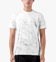 Carhartt WORK IN PROGRESS White S/S Marble T-Shirt Model Picutre