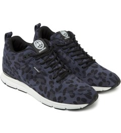 Gourmet Blue Leopard/White The 35 Lite SP Shoes Model Picutre