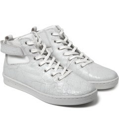 Gourmet White/White Nove 2 SP Shoes Model Picutre