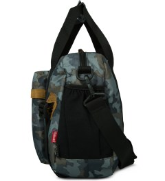 The Earth Camo OD-13L. Travel Bag Model Picutre