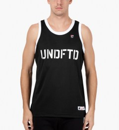 Undefeated Black 00 Mesh Tank Top Model Picutre