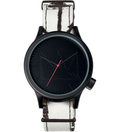 KOMONO KOMONO X JEAN-MICHEL Return Of The Center Figure Magnus Basquiat Series Watch Picutre