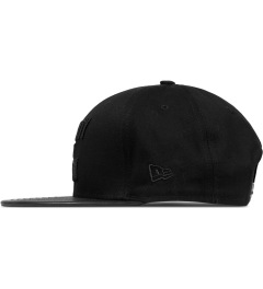 Marcelo Burlon Black County of Milan Snapback Cap Model Picutre