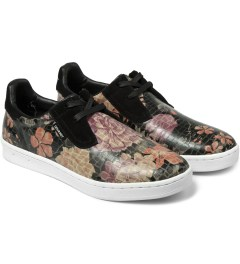 Gourmet Flower Black/White Cinque 2 Low SP Shoes Model Picutre