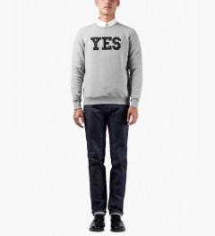 A.P.C. Gris Chine Yes Paris Sweater Model Picutre