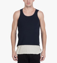 CASH CA Navy Panel Color Tank Top Model Picutre