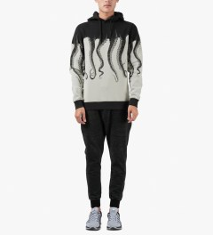 OCTOPUS Black/White Cotton Hooded Sweater Model Picutre