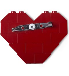 "Dee & Ricky Dee & Ricky x Daily News Project Red ""NO LOVE"" Brooch Model Picutre"