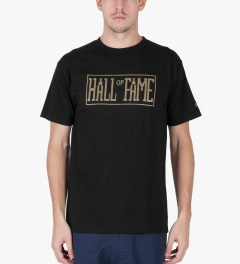 Hall of Fame Black Logo Jumbotron T-Shirt Model Picutre