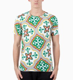 Sangue Multi Print Casa T-Shirt Model Picutre