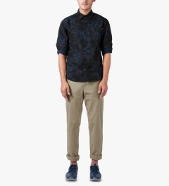 HUF Midnight Floral L/S Woven Shirt Model Picutre
