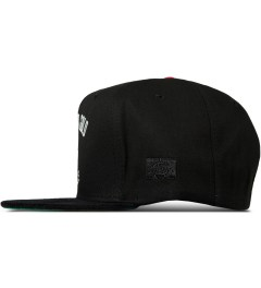 Acapulco Gold Black Ace In The Hole 5-Panel Snapback Cap Model Picutre