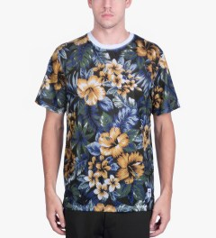 Stussy Black Island Flower Mesh T-Shirt Model Picutre