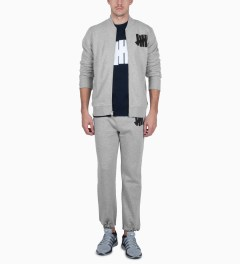 Undefeated Grey Heather Strike Sweatpants Model Picutre