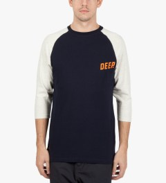 10.Deep Navy Slope ¾ Sleeve Baseball T-Shirt Model Picutre