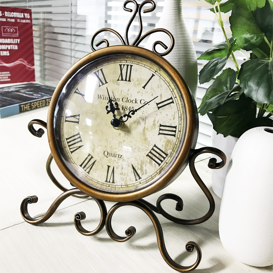 Metal Table Clock European Retro Vintage Antique Metal Desk Clock Home Decor