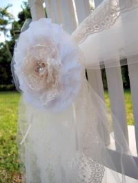 Set Of Shabby Chic Lace And Pearls Flower Brooch ...