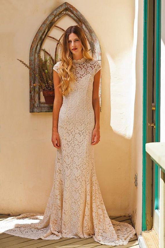 Simple Elegant LACE WEDDING DRESS W/ Cap Sleeve Sweetheart Low Back