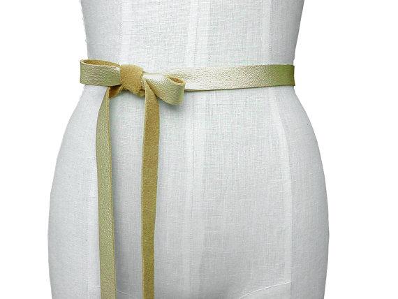 How To Tie A Bow With Ribbon On Dress Kadakawaorg