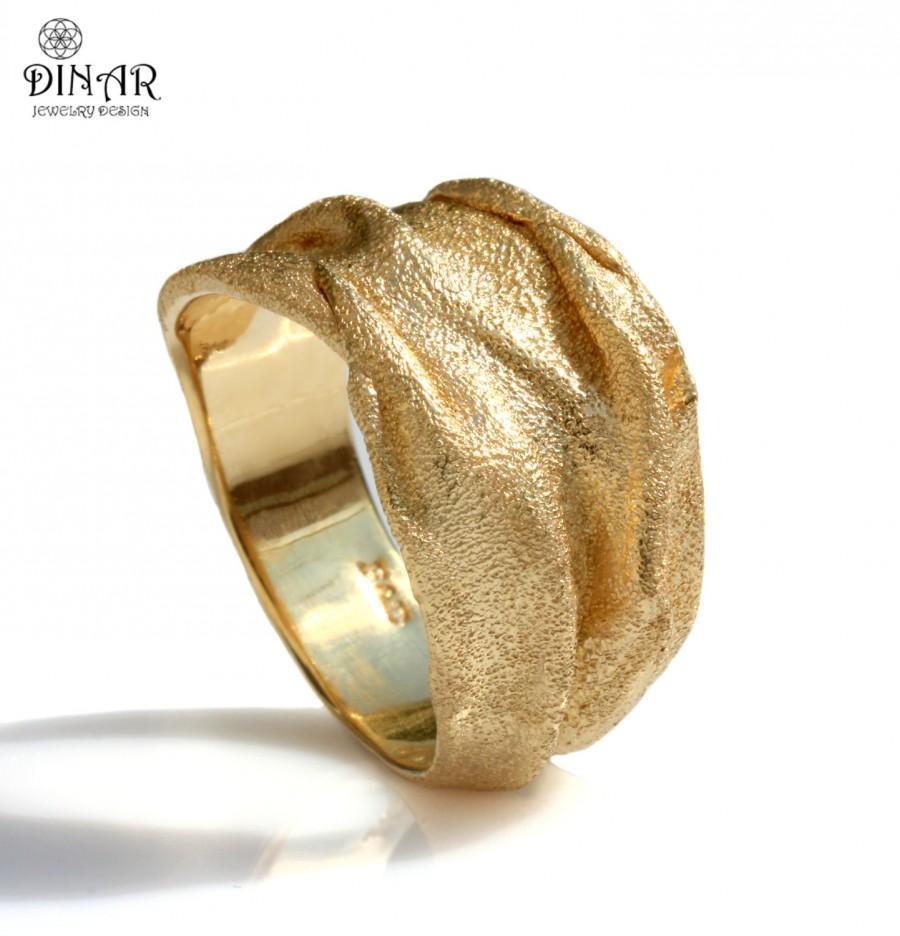 half carat round diamond wedding band in 18k yellow gold 18k gold wedding bands Half Carat Round Diamond Wedding Band in 18k Yellow Gold