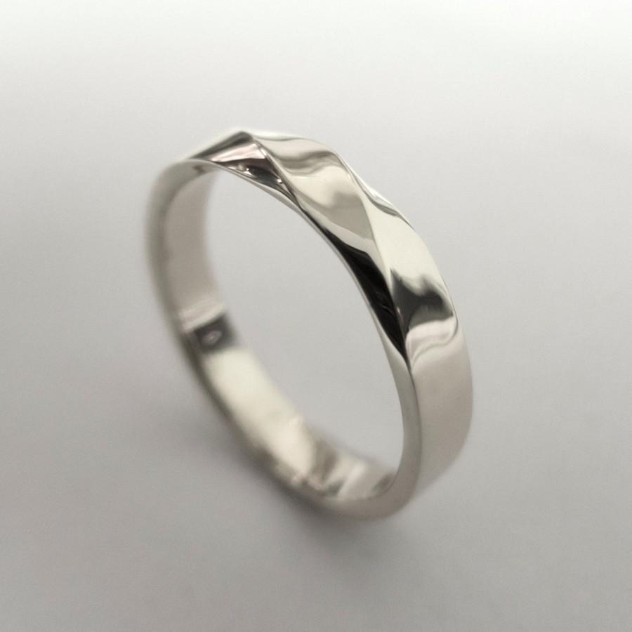 Eye Mobius Ring Platinum Ring Wedding Ring Platinum Wedding Ring Twisted Wedding Platinum Platinum Mobius Ring Platinum Ring Wedding Ring Platinum Wedding Ring wedding rings Platinum Wedding Rings