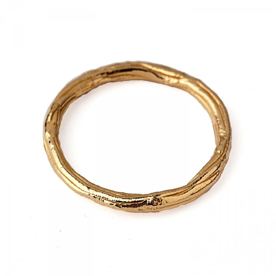 is this wedding ring 2 thin thin wedding bands Re is this wedding ring 2 thin