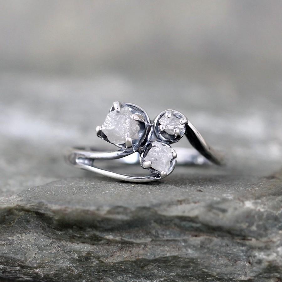 monique lhuillier trio cathedral engagement ring platinum trio wedding rings Monique Lhuillier Trio Cathedral Diamond Engagement Ring in Platinum