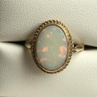 Vintage Opal Ring. 3 Carat White Opal In 9K Yellow Gold ...