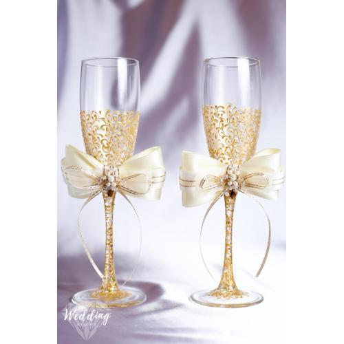 Medium Crop Of Wedding Champagne Flutes