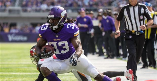 Vikings training camp depth chart projection on offense