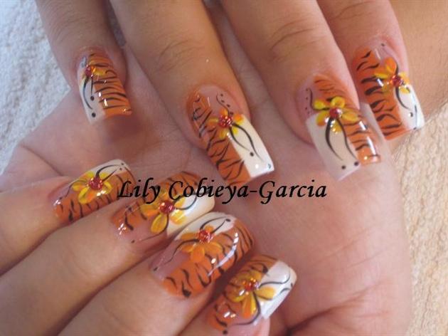 Lily39s Nail Designers Nail Art Gallery