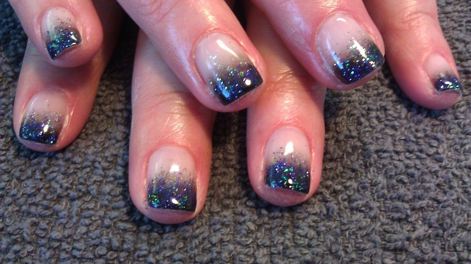 Black Gel Polish Fade With Glitter Nail Art Gallery